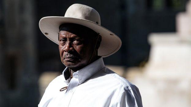 Chính phủ Uganda đề xuất thu thuế sử dụng mạng xã hội để giúp người dân bớt đưa chuyện thị phi - Ảnh 1.