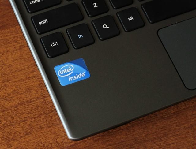 [Case Study] Chiến dịch marketing kinh điển của Intel: Dán nhờ logo lên hàng loạt laptop và trở thành biểu tượng chất lượng của hàng triệu người mù công nghệ - Ảnh 2.