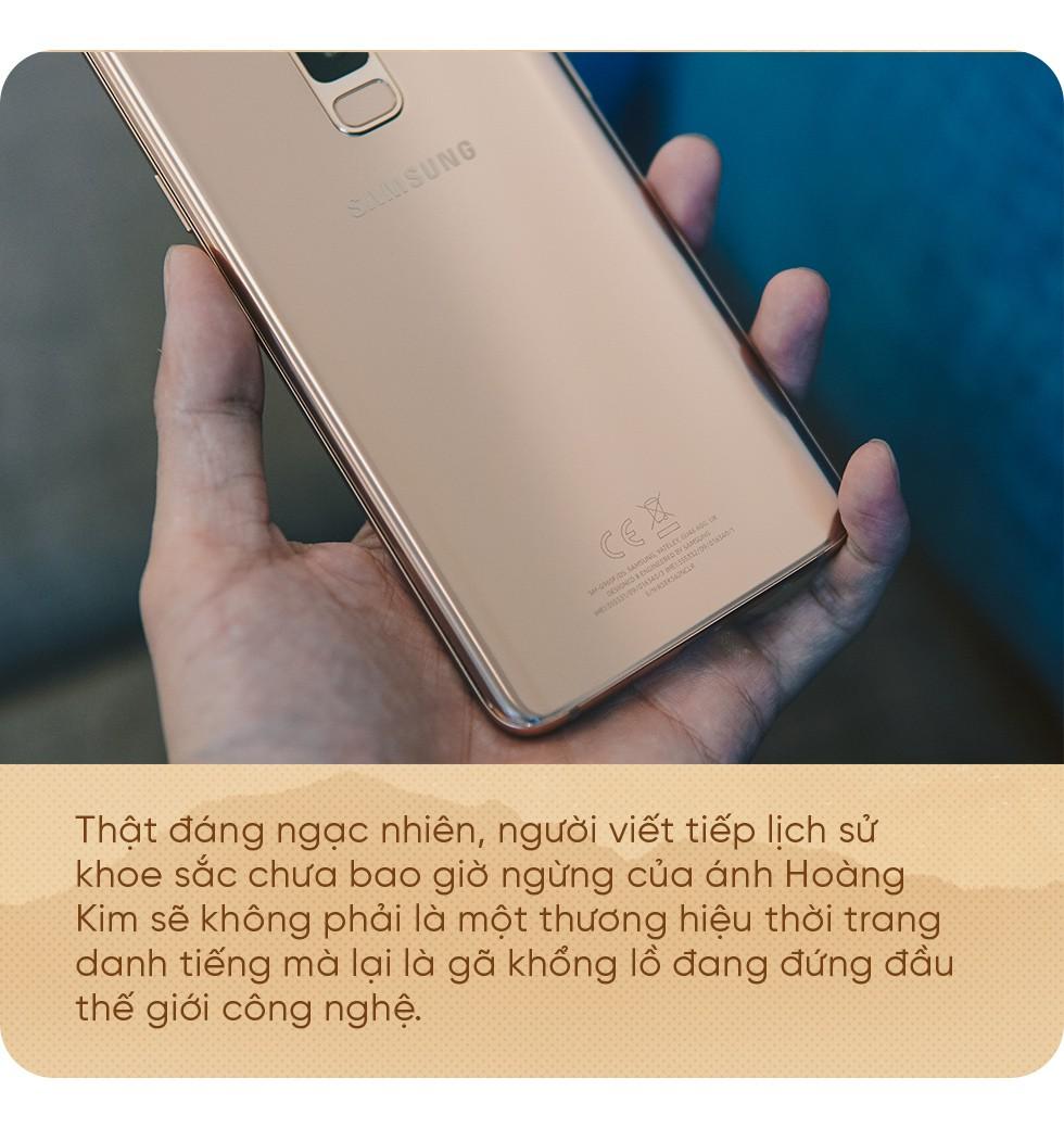 Bằng Galaxy S9+ Hoàng Kim, Samsung chứng tỏ vị trí dẫn đầu thiết kế trên smartphone - Ảnh 2.