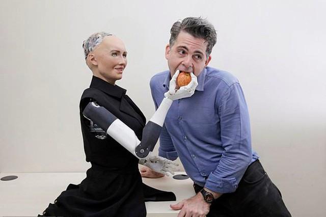 Robot Sophia được chế tạo thế nào? - Ảnh 6.