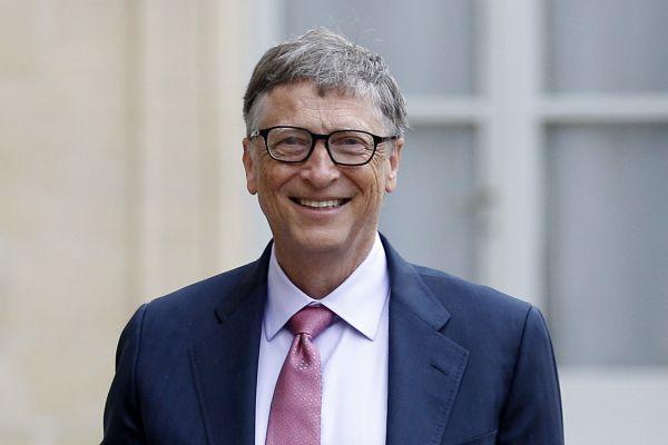 Bill Gates không hề thua kém Jeff Bezos về khả năng kiếm tiền, ông mất ngôi vị giàu nhất thế giới vì lý do đầy nhân văn và tình người - Ảnh 1.