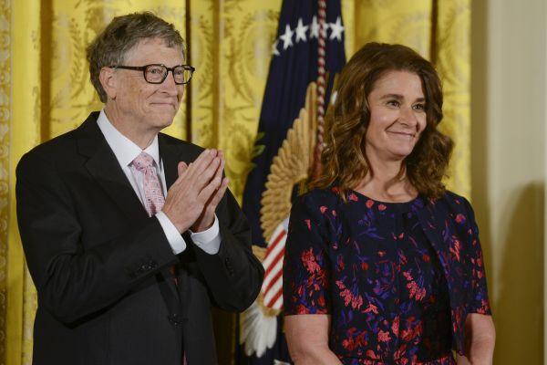 Bill Gates không hề thua kém Jeff Bezos về khả năng kiếm tiền, ông mất ngôi vị giàu nhất thế giới vì lý do đầy nhân văn và tình người - Ảnh 2.