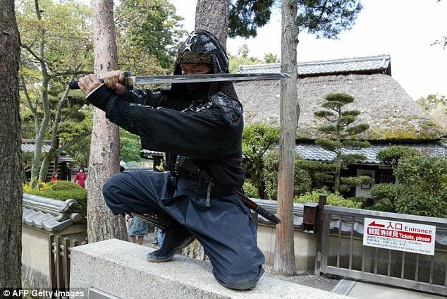 Nhật Bản đang thiếu hụt ninja, trả lương đến 2 tỷ/năm vẫn không ai chịu làm - Ảnh 3.
