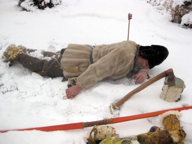 Xác ướp 5.300 năm tuổi trong băng tiết lộ chế độ ăn khoa học của người cổ đại - Ảnh 1.