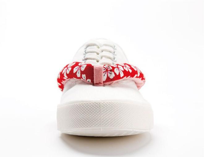Khi bạn thích đi dép cho thoáng nhưng không thể rời xa sneakers, chắc chắn bạn phải mua mẫu giày này - Ảnh 8.