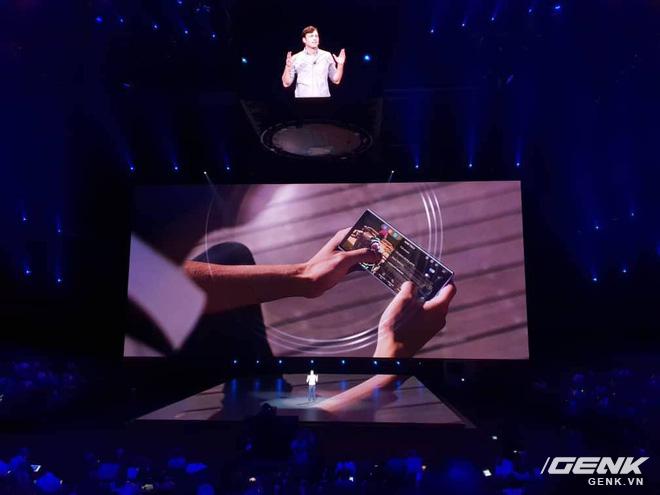 Loa ngoài stereo chính là nâng cấp khiến trải nghiệm xem video, chơi game trên Galaxy Note9 trở nên tuyệt vời nhất - Ảnh 1.