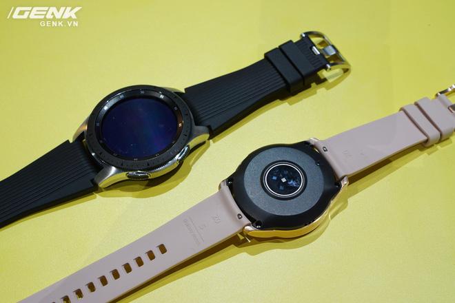 Ảnh thực tế Samsung Galaxy Watch: rất thời trang và đầy mạnh mẽ - Ảnh 6.
