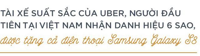 """Trò chuyện với tài xế Uber """"6 sao"""" đầu tiên ở Việt Nam: Cõng khách vượt qua quãng đường ngập, trong xe lúc nào cũng có sẵn khăn ướt, nước uống, dù phòng bị cho khách - Ảnh 3."""