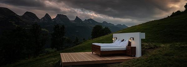 Trải nghiệm khách sạn 0 sao độc đáo ở Thụy Sỹ - Ảnh 1.