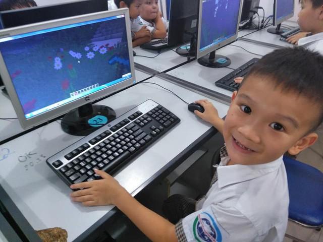 Trường tiểu học tại Hà Nội đưa Minecraft vào giảng dạy cho học sinh - Ảnh 3.
