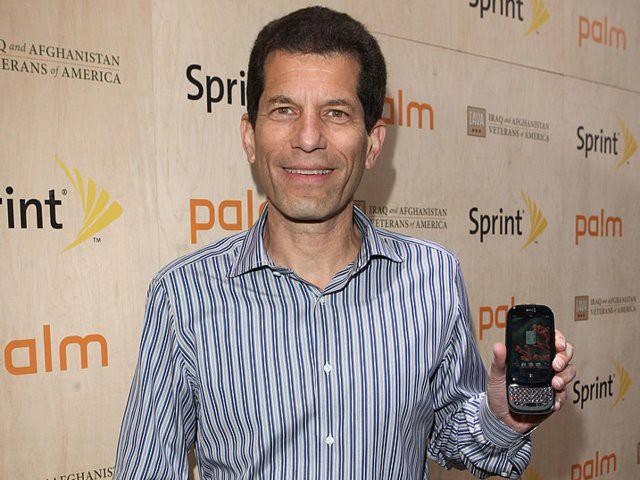 Nokia, BlackBerry, Palm, Microsoft: Đồng loạt chê bai thậm tệ khi iPhone ra mắt để rồi đều chỉ còn là chiếc bóng của chính mình khi Apple đạt giá trị 1.000 tỷ USD - Ảnh 5.
