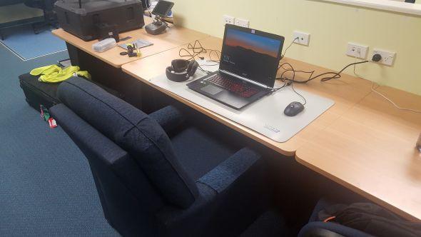 Ở Nam Cực vẫn có người đang chơi game PC, cảm giác khác lạ như thế nào bạn biết không? - Ảnh 4.