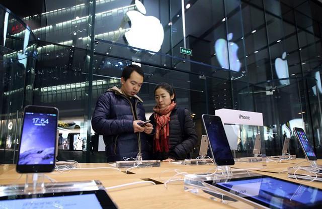 Tất cả những thăng trầm mà Apple đã phải trải qua để đạt giá trị 1000 tỷ USD - Ảnh 12.