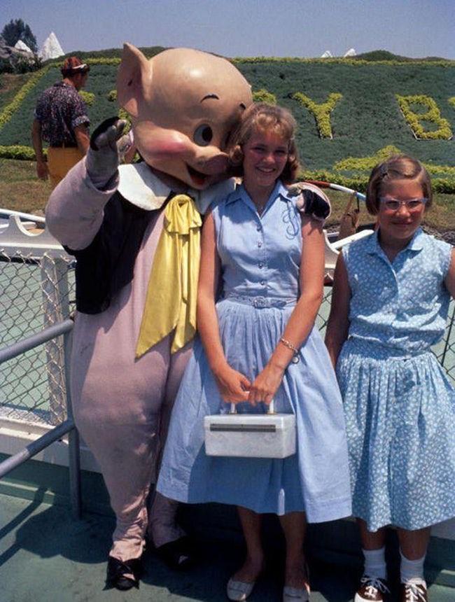 Những hình ảnh chứng minh ngày xưa Disneyland là chỗ để hù dọa trẻ con khóc thét chứ chẳng phải chốn thần tiên hạnh phúc gì - Ảnh 12.