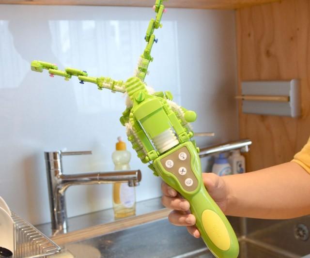 Chiêm ngưỡng máy rửa bát cầm tay 1 triệu 8 của Nhật: Vừa to vừa nặng, tự làm lấy còn nhanh hơn - Ảnh 3.