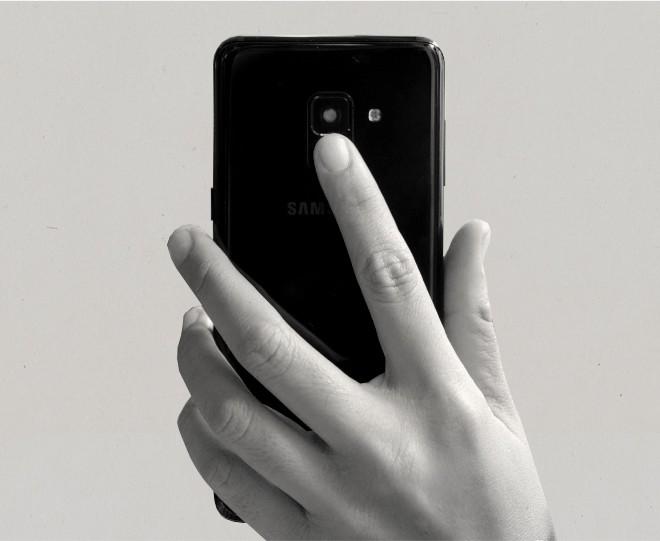 Đánh giá Galaxy A8: 4 điểm để yêu, 5 điều để nhớ - Ảnh 18.