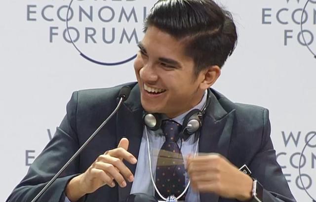 Câu hỏi của bạn trẻ Việt Nam cho Google khiến Bộ trưởng Malaysia bật cười tán thưởng - Ảnh 5.