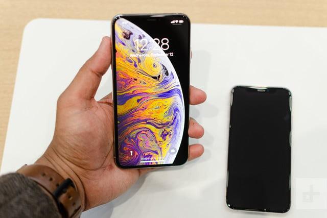 Nghe review nhanh iPhone XS Max của CEO Off-White kiêm Giám đốc thiết kế ngành hàng thời trang nam của Louis Vuitton - Ảnh 4.