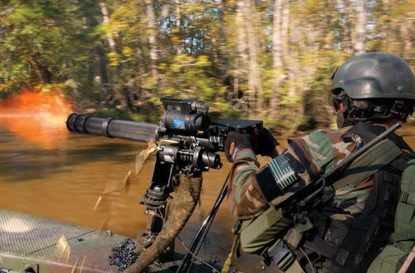 [Video phụ đề] Tất tần tật những gì bạn muốn biết về khẩu súng 6 nòng Minigun huyền thoại - Ảnh 6.