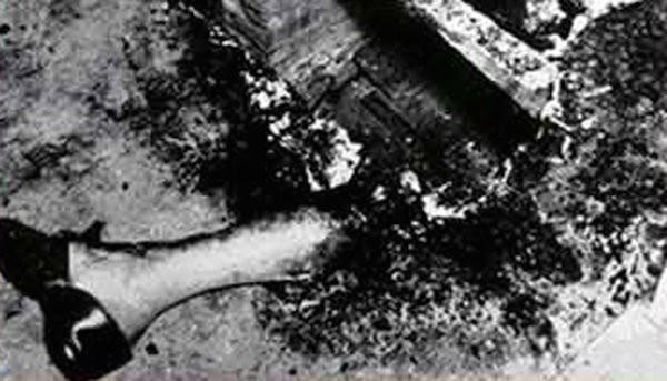 Vụ án bí ẩn thách thức khoa học suốt 70 năm qua: Người phụ nữ cháy rụi thành tro bụi bên trong căn hộ gần như nguyên vẹn - Ảnh 3.