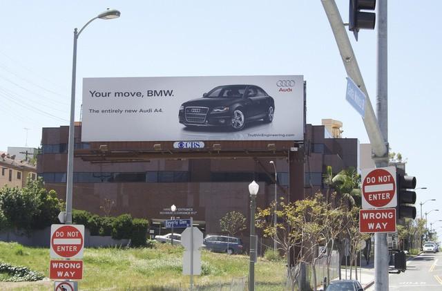 Chiến tranh giữa các vì sao: Khi các thương hiệu lớn dìm hàng nhau không thương tiếc bằng quảng cáo - Ảnh 9.