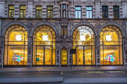 Mỹ: Triệt phá băng nhóm chuyên tổ chức cướp Apple Store, ra lệnh bắt giữ 17 đối tượng - Ảnh 1.
