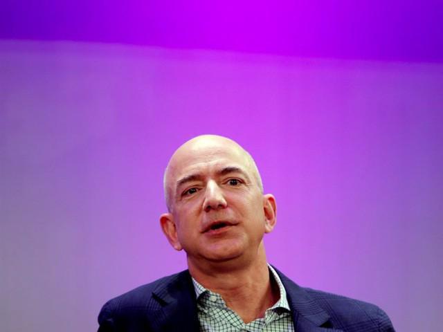 Giàu nhất thế giới, Jeff Bezos vẫn rửa bát sau mỗi bữa tối - Ảnh 15.