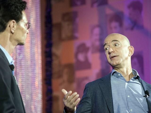 Giàu nhất thế giới, Jeff Bezos vẫn rửa bát sau mỗi bữa tối - Ảnh 5.