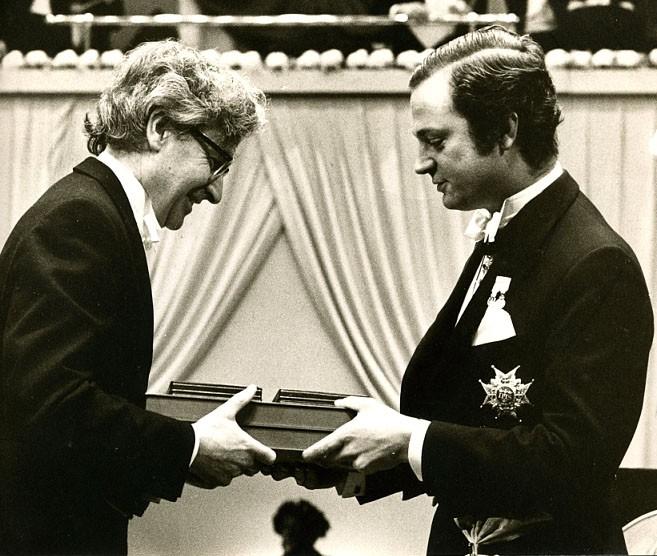 Một người phụ nữ nhận thưởng 3 triệu USD vì khám phá ra ẩn tinh, 44 năm sau khi một người khác nhận giải Nobel nhờ khám phá của bà - Ảnh 3.