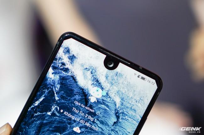 Sharp đưa điện thoại viền siêu mỏng AQUOS S2 vào Việt Nam, giá 6,99 triệu đồng, hấp dẫn hơn hẳn so với hàng xách tay - Ảnh 2.