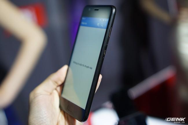 Sharp đưa điện thoại viền siêu mỏng AQUOS S2 vào Việt Nam, giá 6,99 triệu đồng, hấp dẫn hơn hẳn so với hàng xách tay - Ảnh 19.