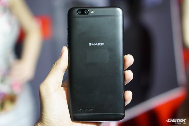 Sharp đưa điện thoại viền siêu mỏng AQUOS S2 vào Việt Nam, giá 6,99 triệu đồng, hấp dẫn hơn hẳn so với hàng xách tay - Ảnh 21.