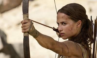 Hình ảnh mạnh mẽ của Lara Croft từ trò chơi tới màn ảnh