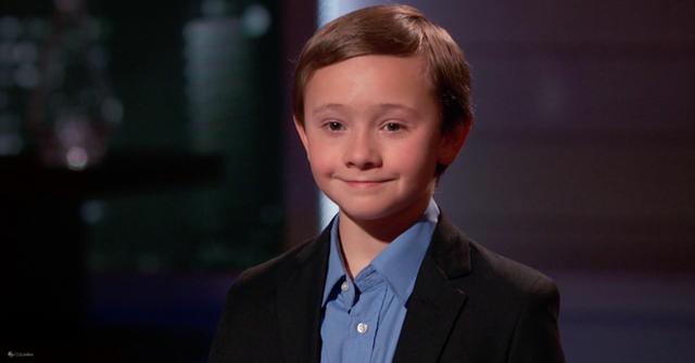 Cậu bé 10 tuổi gây choáng vì vay được 50.000 USD chỉ với quầy nước chanh trong Shark Tank phiên bản Mỹ - Ảnh 2.