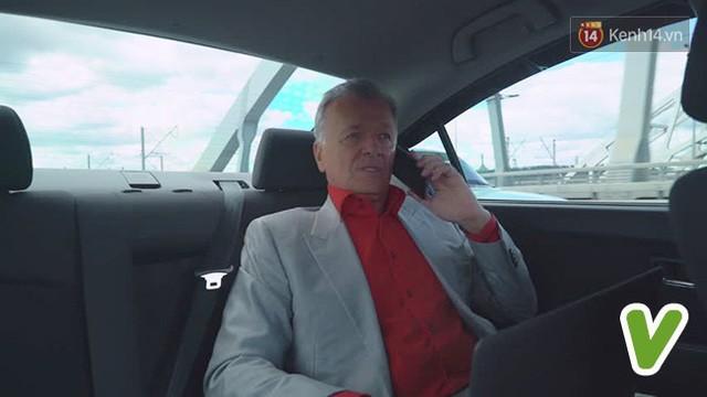 7 phép lịch sự khi ngồi trên ô tô mà bất kỳ ai cũng nên biết một chút - Ảnh 2.