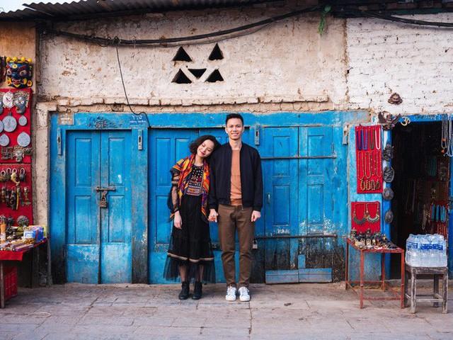 Bộ ảnh cưới không bình thường chút nào ở Nepal của cựu CEO Uber Việt Nam - Ảnh 3.