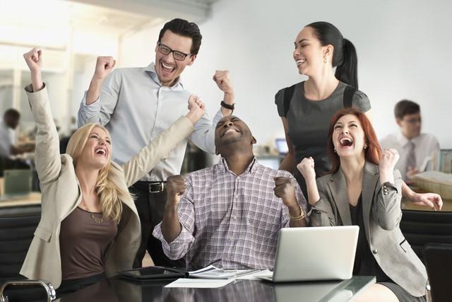 Gửi các bạn muốn làm GĐ tuổi 22: Để trở thành doanh nhân, cần làm việc 14h/ngày, 7 ngày/tuần liên tục trong 10 năm! - Ảnh 4.