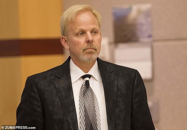 Người phát tán thông tin ăn uống kiềm hóa chữa ung thư bên Mỹ bị phạt 4 năm tù và 105 triệu USD - Ảnh 2.