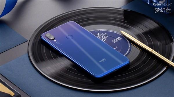 CEO Xiaomi tuyên bố thương hiệu Redmi sẽ ra mắt flagship dùng chip Snapdragon 855 nhưng giá chỉ 8,5 triệu - Ảnh 1.
