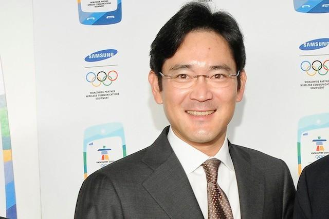 Nghe người dùng phàn nàn Samsung chụp ảnh xấu hơn iPhone, đích thân thái tử Samsung Lee Jae-yong ra lệnh Galaxy S10 phải có camera tốt hơn - Ảnh 1.