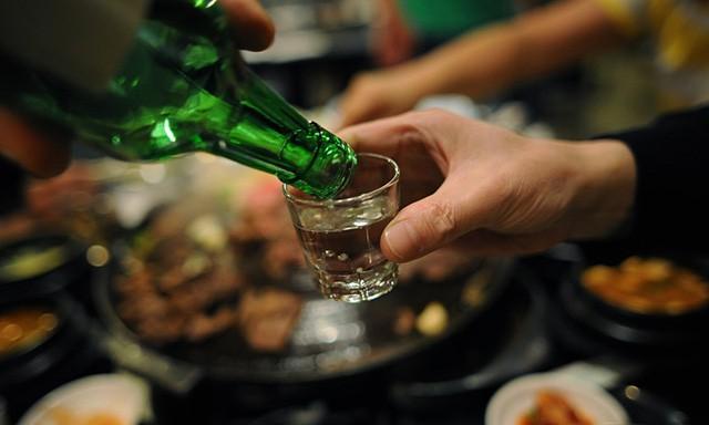 Đây là 5 mẹo ăn uống dịp Tết giúp bạn tránh tăng cân - Ảnh 4.