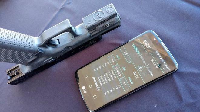 Hộp khóa nòng thông minh đầu tiên trên thế giới với màn hình hiển thị số đạn trong súng - Ảnh 5.