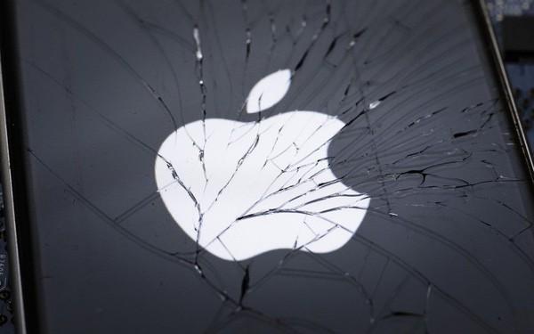 Mất hơn 450 tỷ USD trong 3 tháng, từ vị trí số 1, Apple hiện chỉ là công ty lớn thứ 4 thế giới - Ảnh 1.