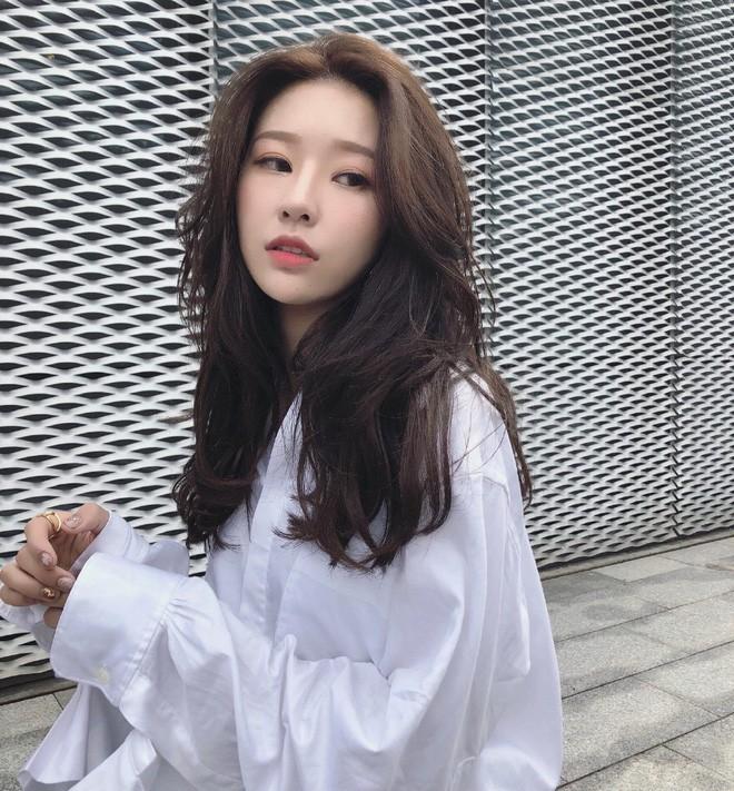 Lỡ tay tắt nhầm filter làm đẹp lúc livestream, hot girl Trung Quốc mất hơn trăm ngàn lượt follow vì để lộ nhan sắc thật - Ảnh 11.
