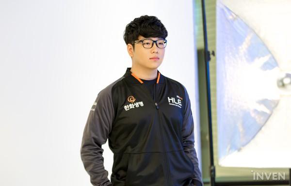 LMHT: Các tuyển thủ LCK đẹp trai đến mức nào khi bước vào LCK Mùa Xuân 2019 (Phần 1) - Ảnh 75.