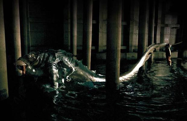 Rợn người với 6 phim Hàn về ô nhiễm môi trường: Động vật đột biến, loài người diệt vong - Ảnh 2.