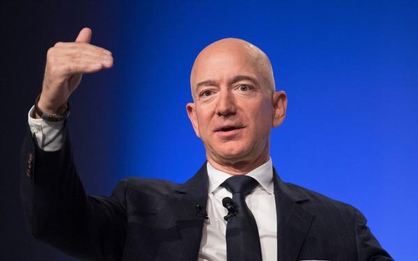 Top tỉ phú công nghệ giàu nhất hành tinh nhiều tiền đến mức nào? - Ảnh 1.