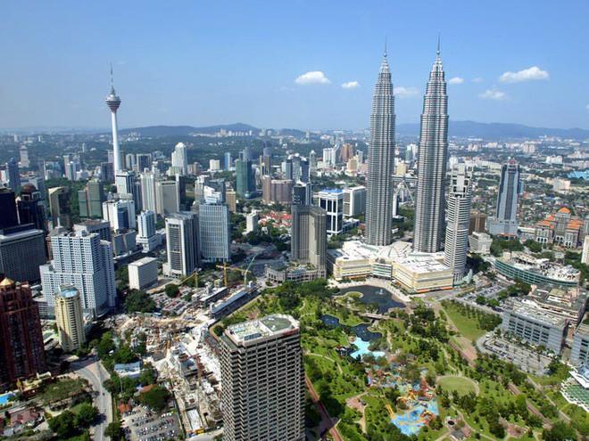 Landmark 81 trượt khỏi Top 15 tòa nhà chọc trời cao nhất thế giới - Ảnh 3.