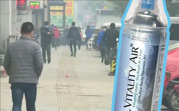 Máy lọc chưa đủ, người dân Trung Quốc từng đổ xô đi mua không khí đóng chai từ Canada, doanh nghiệp kiếm bộn tiền - Ảnh 1.