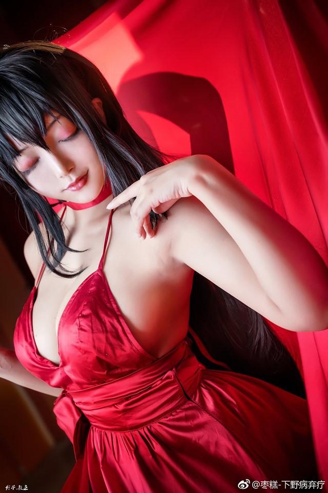 Bỏng mắt khi ngắm nàng waifu nổi tiếng trong tựa game mobile Azur Lane - Ảnh 1.